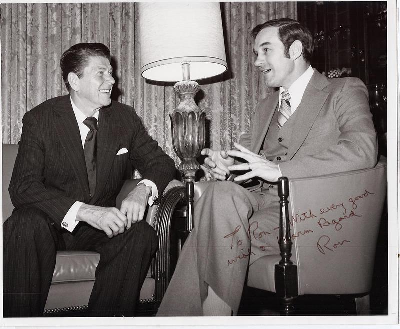ron-paul-with-reagan.png